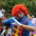 Bild: tanzender Clown