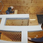 Bild: MACHmit! Museum für Kinder - Kinder im Kletterregal