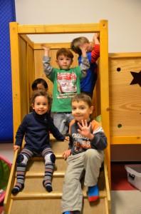 Bild: Kinderwinken von der Kletterburg