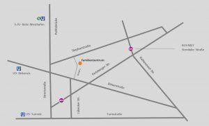 Foto: graue Straßenkarte in der Mitte ein orangerner Punkt auf dem Familienzentrum steht